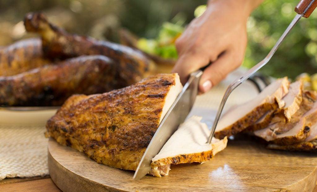 KFD_howtoturkeyBD_sliced_turkey_breasts_0051